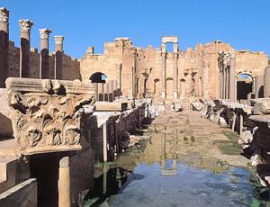 Les vestiges de la basilique romaine de Leptis Magna, Libye