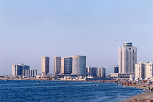 Tripoli, une vue de la cte mditerranenne