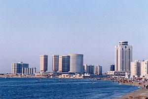 Tripoli, une vue de la côte méditerranéenne